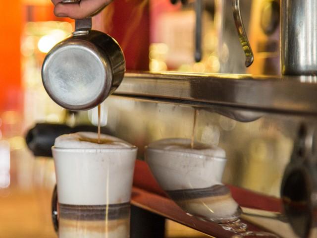 RESTAURANTE HPC PORTOCOLOM Cafe